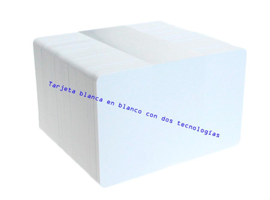 Tarjeta-blanca-en-blanco-con-dos-tecnologías