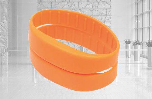 293efaeab548 Pulsera de silicona RFID - Pulseras silicona personalizadas